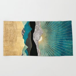 Peacock Vista Beach Towel