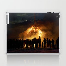 Easter full moon - the winter is over Laptop & iPad Skin