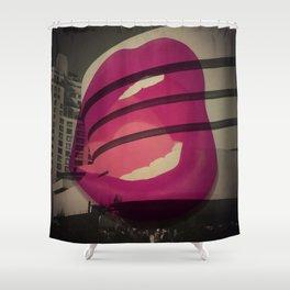 guggenheim kiss Shower Curtain