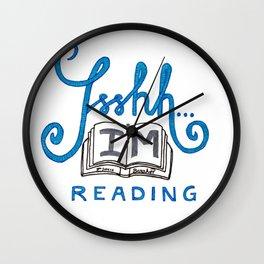 Ssshh... I´m reading! Wall Clock