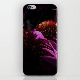 lila2 iPhone Skin