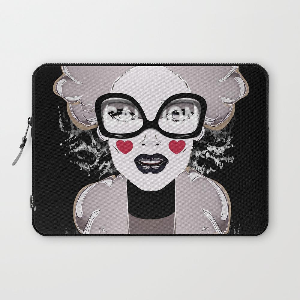 Love Splash Girl Portrait First Sight Feelings Laptop Sleeve LSV8280260