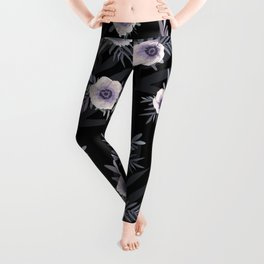 Floral pattern with anemone flowers, romantic print black background Leggings