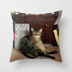 What??? Throw Pillow