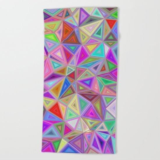 Triangular happiness Beach Towel