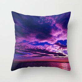 Scituate Reservoir, Rhode Island Late Summer Sunset Throw Pillow