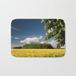 Springfield and blooming chestnut Bath Mat