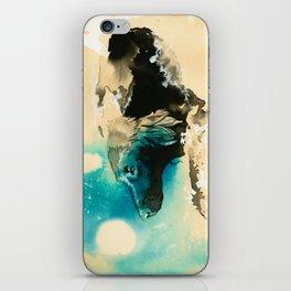 The Swim Fan | Flat Coated Retriever iPhone Skin
