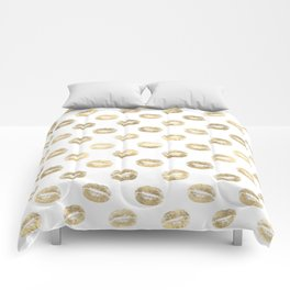 White & Gold Lip Pattern Comforters