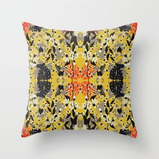 Jungle party Throw Pillow