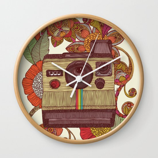Out of sight! Wall Clock