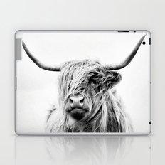 portrait of a highland cow - vertical orientation Laptop & iPad Skin