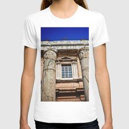 The Temple of Antonius & Faustina T-shirt