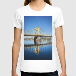 Sixth Street Bridge- Pittsburgh, Pennsylvania T-shirt