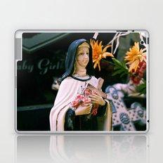 Teresa's beauty Laptop & iPad Skin