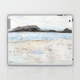 la plage à Saint-Malo Laptop & iPad Skin