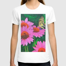 A Visitor In The Garden by Teresa Thompson T-shirt