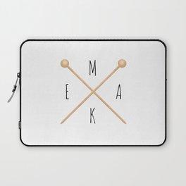 MAKE  |  Knitting Needles Laptop Sleeve