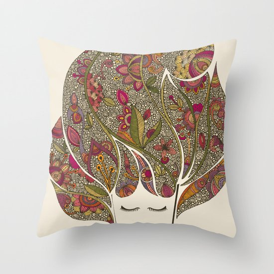 Dreaming with flowers Throw Pillow