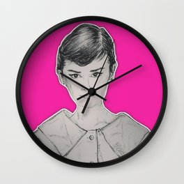 (Beauty Queen - Audrey Hepburn) - yks by ofs珊 Wall Clock