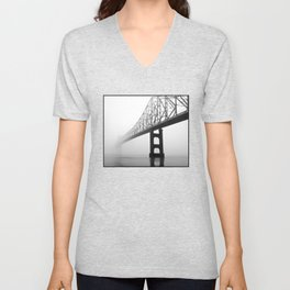 Savanna-Sabula bridge - 2 Unisex V-Neck