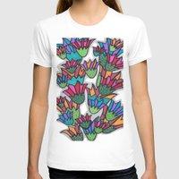 leah flores T-shirts featuring Flores by Carolina Delleteze