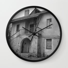 Lost on a half Wall Clock