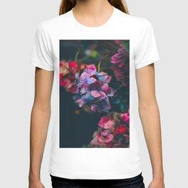 Beautiful Purple Blue Summer Hydrangea Dark Green Sensual Leaves T-shirt