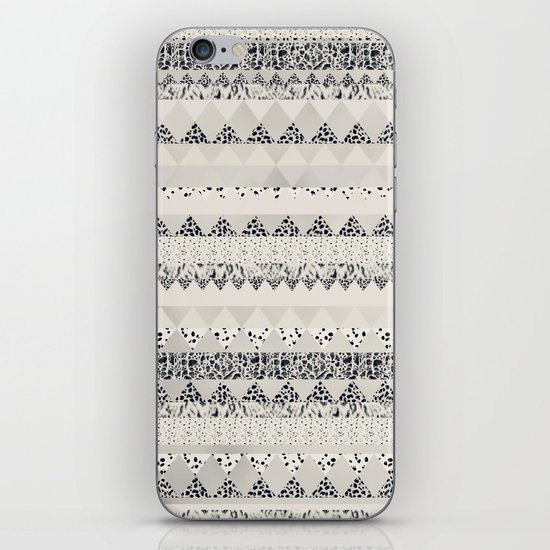 MONOTONE  GEOMETRIC ANIMAL PRINT  iPhone & iPod Skin