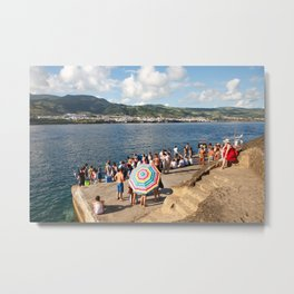 People waiting at the islet Metal Print
