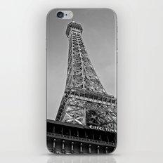 Vegas' Eiffel Tower  iPhone & iPod Skin