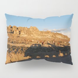 Sunset with shades and lamas Pillow Sham