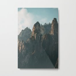 Morning Light in Yosemite National Park Metal Print