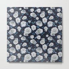 White Roses Flower pattern Metal Print