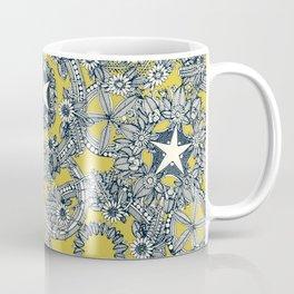 cirque fleur gold Coffee Mug