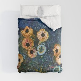 Abstract beautiful barnacles Comforters