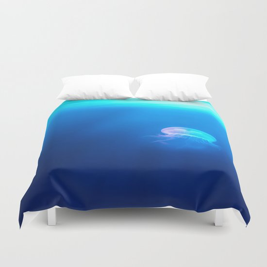Jellyfish are beautiful Duvet Cover