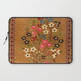 Kashan Vintage Central Persian Mat Print Laptop Sleeve