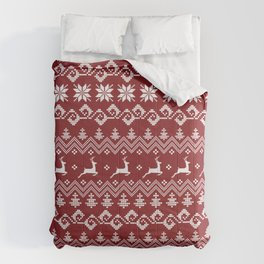 Christmas pattern with reindeers on red background Comforters