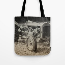 Early Fergie Tote Bag
