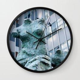 new york statues Wall Clock