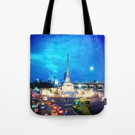 VICTORY MONUMENT Tote Bag