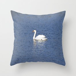 The white Swan Throw Pillow