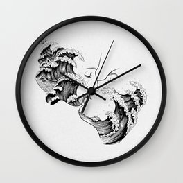 wavy kiss. Wall Clock