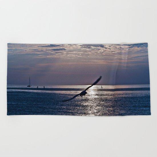 liberta infinita Beach Towel