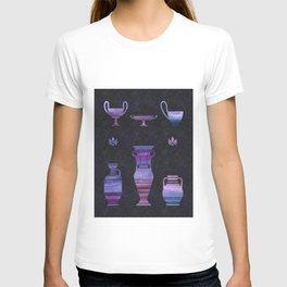 Ultraviolet Greek vases T-shirt