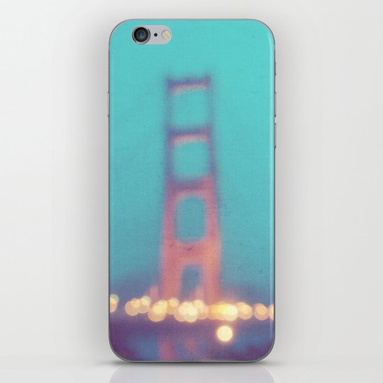 la nuit. San Francisco Golden Gate Bridge photograph iPhone & iPod Skin