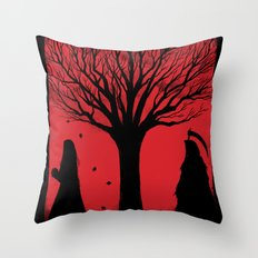 Mors Exspectat Throw Pillow