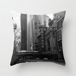 Chicago, IL Throw Pillow