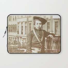 WAR CHILD Laptop Sleeve